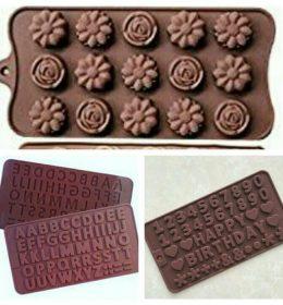 Cetakan Coklat Huruf Angka Dan Bunga ini terdiri dari 3 buah. Selain untuk cetakan cokelat, alat ini dapat digunakan untuk cetakan fondant dan cetakan puding (1)